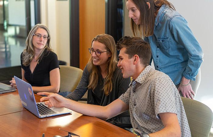 La escucha de empleados es clave en su engagement y aportación a la innovación de una organización