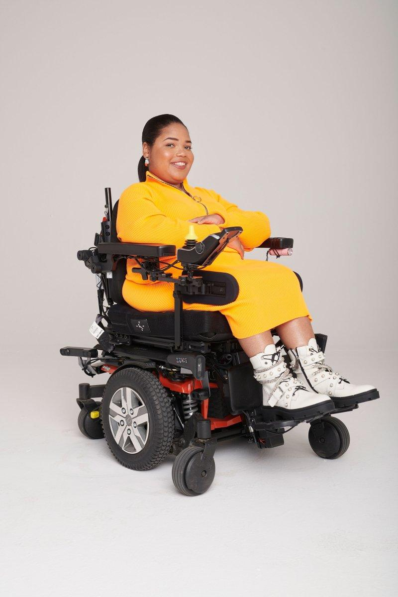 una silla de ruedas con rutas accesibles, entre lo mejor en innovación de 2020
